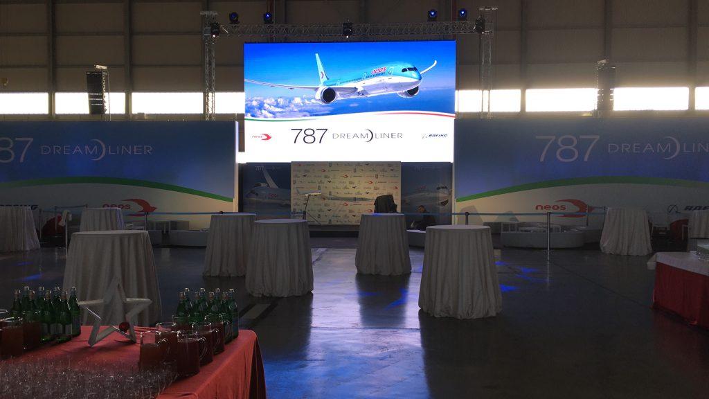Neos Air Presentazione Boing 787
